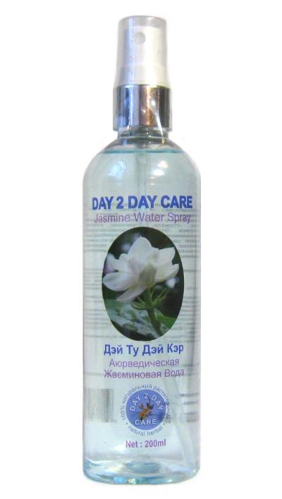 Косметика и гигиена. Аюрведическая жасминовая вода Day 2 Day Care спрей (200 мл)